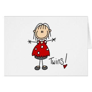 Figura del palillo que cuenta con a gemelos tarjeta de felicitación