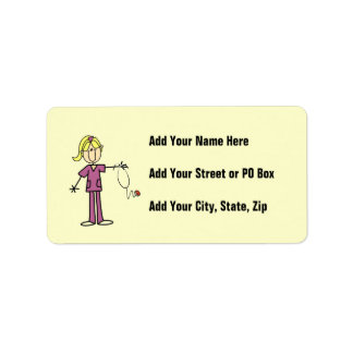 Figura femenina rubia enfermera del palillo etiqueta de dirección