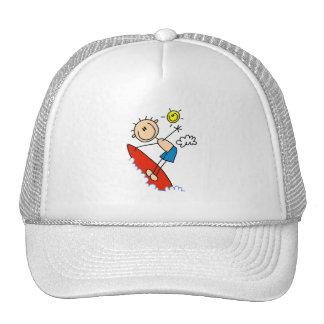 Figura gorra que practica surf del palillo del muc