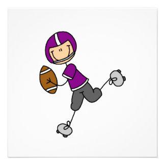 Figura púrpura del palillo del fútbol comunicado