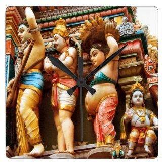 Figuras del templo hindú reloj cuadrado