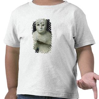 Figurilla de una mujer con el mantón, período de A Camiseta