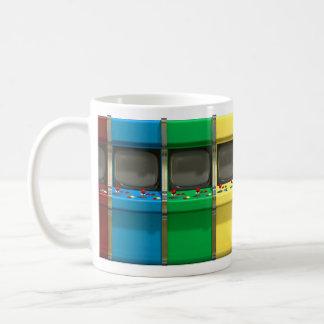 Fila de la máquina de la arcada taza de café