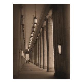 Fila de pilares - teatro de la ópera cívico - postal
