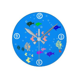 Fishbowl Reloj Redondo Mediano