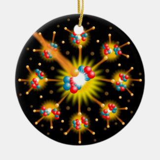 Fisión nuclear adorno navideño redondo de cerámica