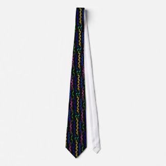 Flámulas multicoloras del fiesta en negro corbata personalizada
