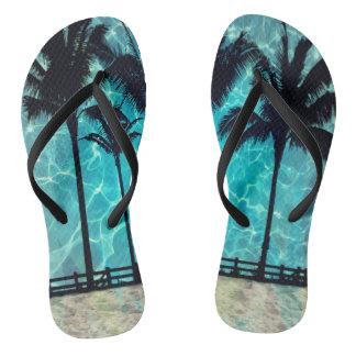 Flips-flopes tropicales de la diversión del verano chanclas