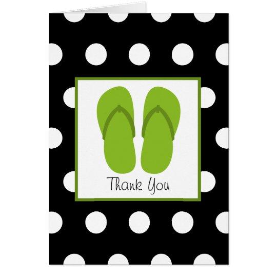 Flips-flopes verdes/negro con los lunares blancos tarjeta de felicitación