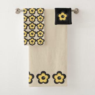 Flor amarilla rústica en negro y beige del moreno