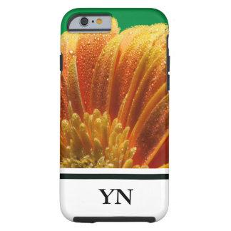 Flor anaranjado con los pétalos coloridos funda resistente iPhone 6