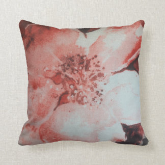flor blanca y roja cojín decorativo