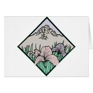 Flor bonita con la montaña felicitación