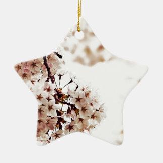 Flor de cerezo blanca adorno navideño de cerámica en forma de estrella