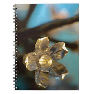Flor de cerezo iluminada cuaderno