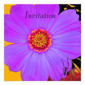 Flor de la púrpura de la invitación
