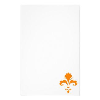Flor de lis anaranjada papeleria personalizada