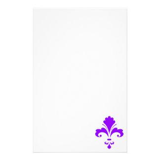 Flor de lis púrpura violeta papelería de diseño