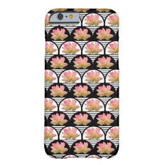 Flor de Lotus retra Funda Para iPhone 6 Barely There