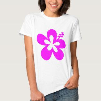 Flor fucsia de la hawaiana del hibisco camisetas