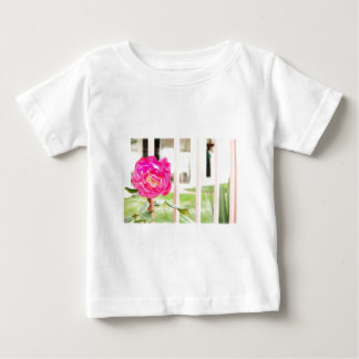 flor fucsia rosada camiseta