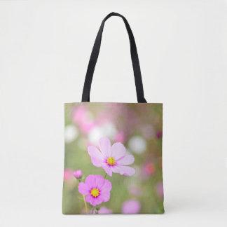Flor rosada apacible por todo impreso bolsa de tela