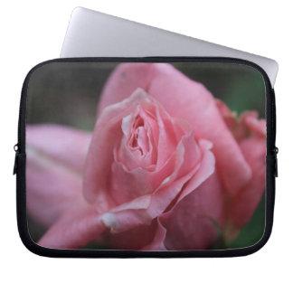 Flor rosada funda para portátil