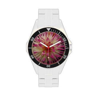 Flor rosada violeta de Dalia Relojes