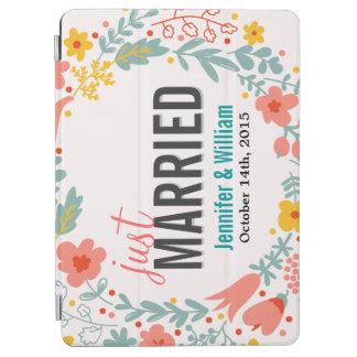 Floral hermoso apenas casado casando la decoración cubierta de iPad air