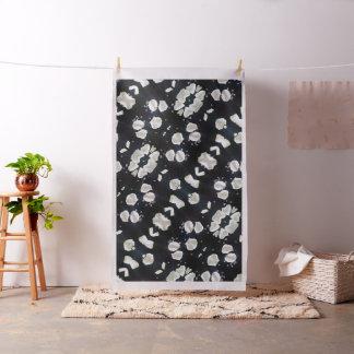 Floral negro y blanco tela