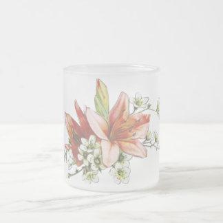 florece al victorian rosado del lirio blanco del taza cristal mate