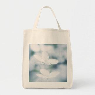 Flores blancos hermosos bolso de tela
