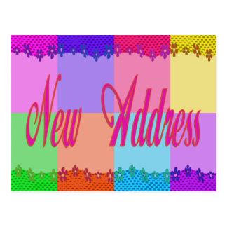 Flores coloridas de la nueva dirección postal