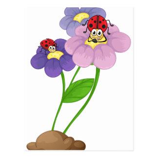 Flores con las mariquitas postal