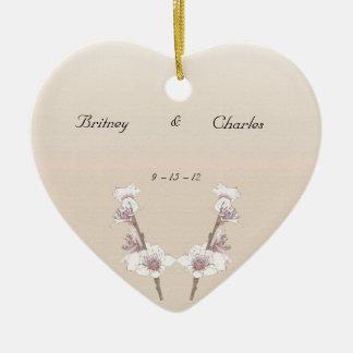Flores de cerezo adorno de cerámica en forma de corazón