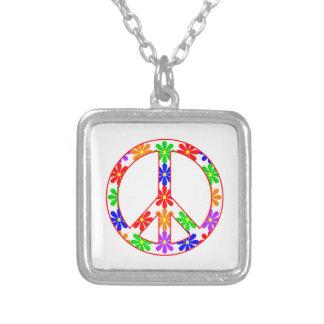 Flores de la diversión del signo de la paz collar plateado