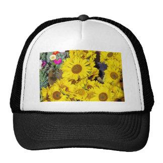 Flores en el mercado de los granjeros gorra