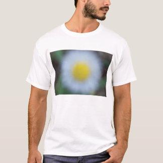 Flores en el parque camiseta