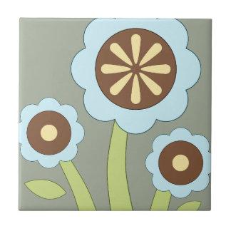 Flores felices azulejo cuadrado pequeño