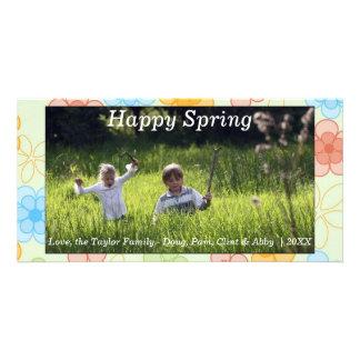 Flores felices de la tarjeta de la primavera/de la
