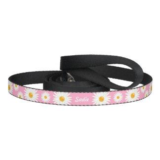 Flores florales de la margarita en rosa y nombre correa para mascotas