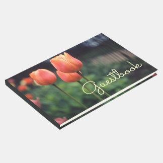Flores florales del bonito del jardín del tulipán libro de visitas
