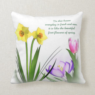 Flores hermosas de la almohada de la primavera