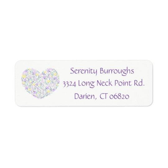 Flores púrpuras florales del amor del corazón de etiqueta de remite