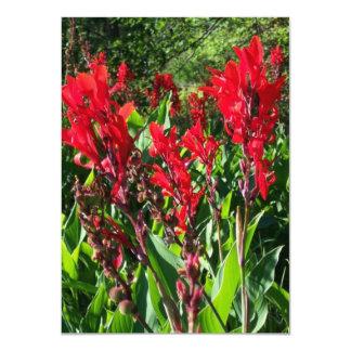 Flores rojas de Canna en invitaciones del espacio Invitación 11,4 X 15,8 Cm