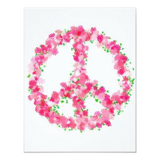 Flores rosadas de la paz invitación 10,8 x 13,9 cm