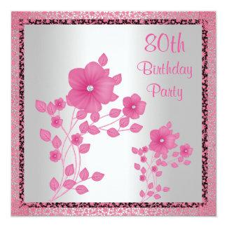 Flores rosadas y 80.a fiesta de cumpleaños del invitación 13,3 cm x 13,3cm