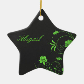 Flores verdes de Gitly en Monogramed negro Adorno Navideño De Cerámica En Forma De Estrella