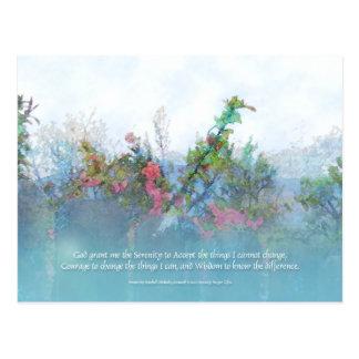 Flores y cerca del rosa del rezo de la serenidad postal