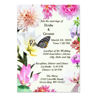 Flores y invitación del boda de la mariposa